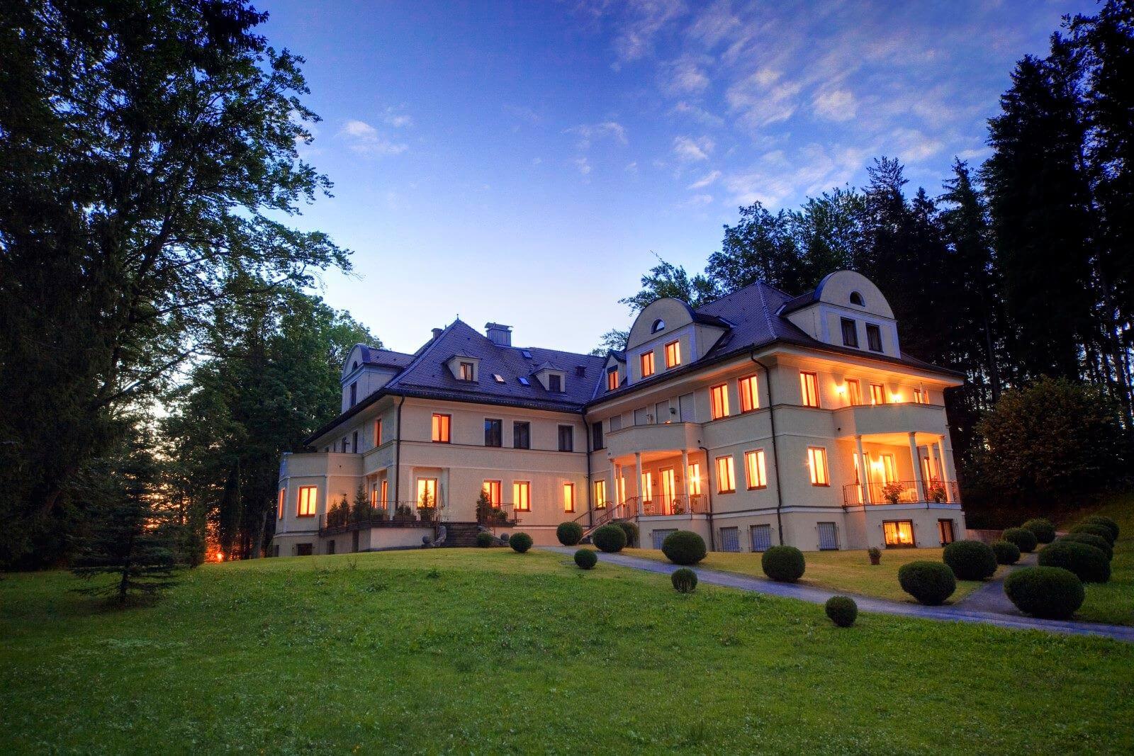 Urlaubshotel Villa Toscana in Füssen bei Schloss Neuschwanstein im Allgäu